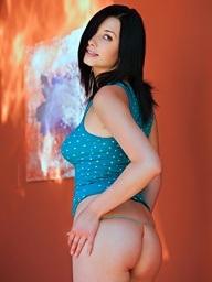 Jasmine Delatori peels off her teal top - Digital Desire