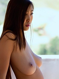 Sharon Lee shows off on the porch - Digital Desire