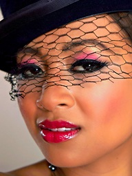 CABARET Unshaded with Kina Kai - Holly Randall